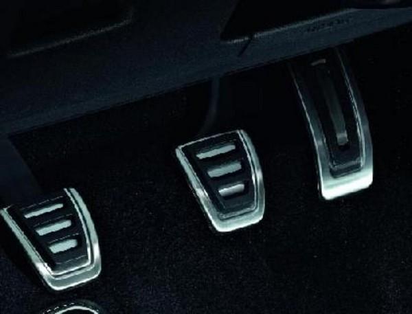 Pedaleras deportivas para vehículos con caja manual